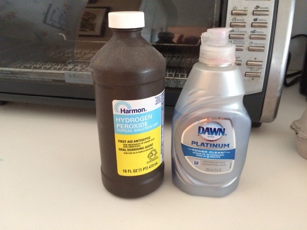 DIY Carpet Cleaner - Dawn and hydrogen peroxide
