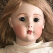 Identifying a Porcelain Doll - closeup of face