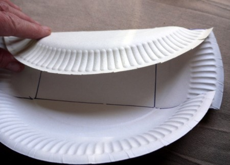 Paper Plate Cookie Gift Basket - crease along the fold