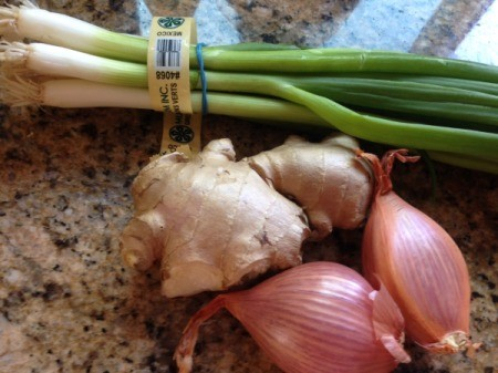 shallots, green onions and ginger
