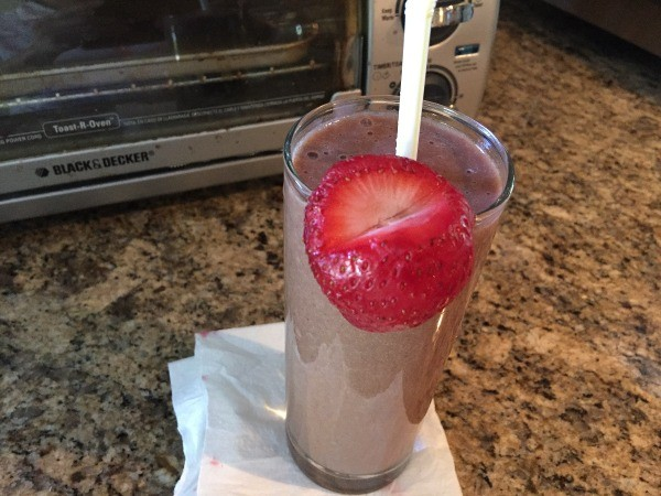Fruit and Cacao Breakfast Drink