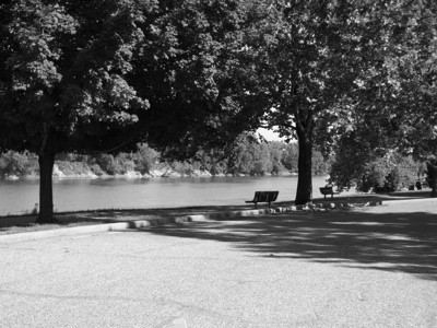 Scenery: Park Bench (Wabash River)