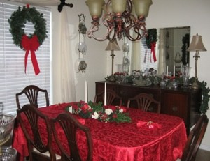 Holiday: Christmas Dining Room
