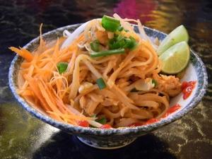 photo of shrimp pad thai