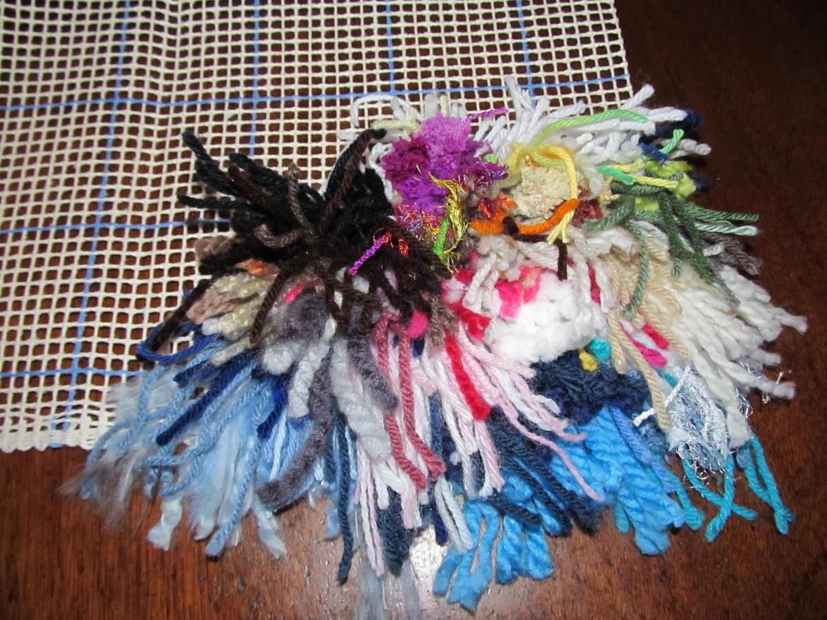Making A Latchhook Rug | ThriftyFun