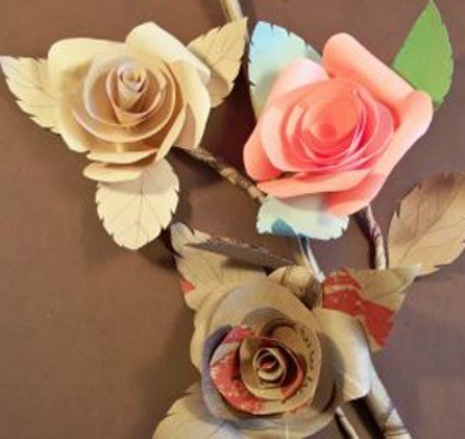 Make gorgeous paper roses with this free paper rose template ... | 400x423