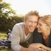 Cheap Date Ideas, Young Couple in the Park