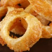 A pile of onion rings.