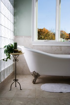 Claw Foot Tub in Bright Bathroom