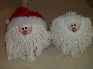 Completed Santas with and without a hat.