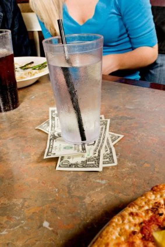 Getting Good Tips Waiting Tables Thriftyfun