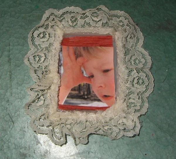 Plastic Lid Photo Ornament