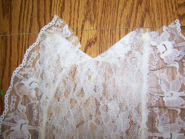 View of the 3 inch lace sewn to the 6 inch lace.