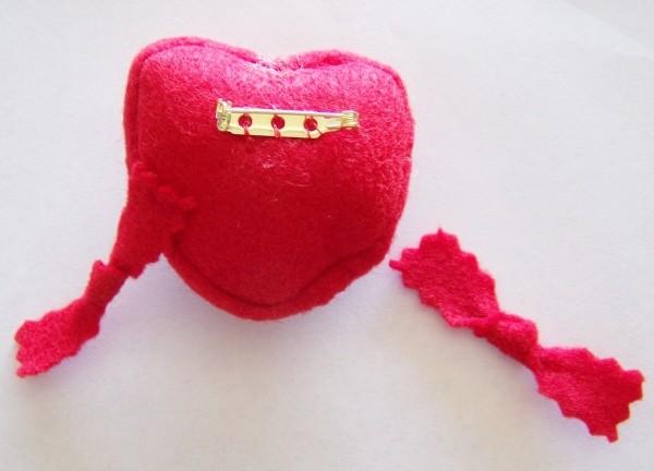 Heart Pin step 2