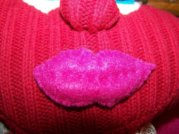 Mopheart Rag Doll - Closeup of lips attached to face.
