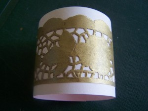 Glued napkin ring.