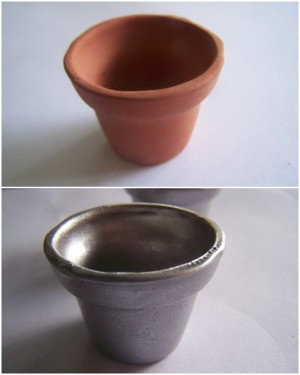Terra cotta pot before and after painting.