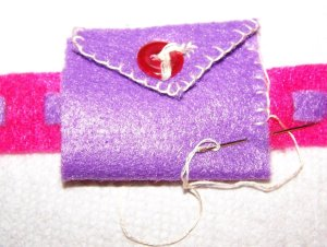 Sewing the wrist valentine pocket closed