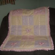 Full view of baby quilt.