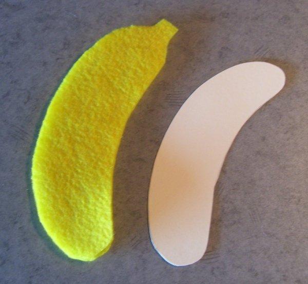 Banana peel and card.