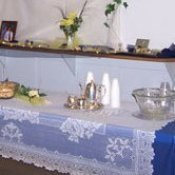 Inexpensive wedding tablecloths.