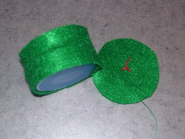 Funny Frog Valentine - Felt strip attached to cap.