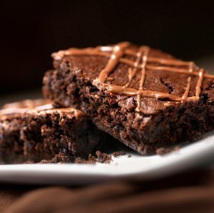 2 brownies on plate