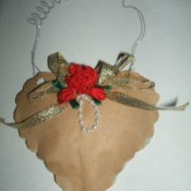 Finished brown paper heart.