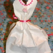 Front of wedding dress favor.