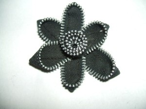Finished flower pin.