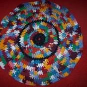 Round t-shirt rag rug.