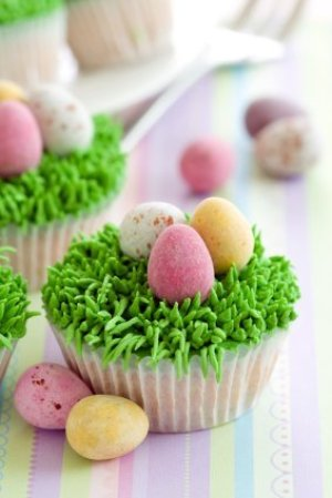 Easter egg cupcakes.