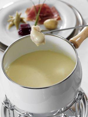 Cheese Fondue Recipes, Cheese fondue.