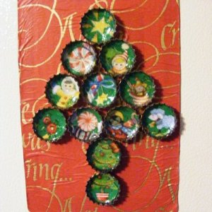 Bottlecap Christmas tree magnets.