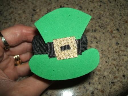 Leprechaun Hat Napkin Rings - Finished napkin ring.