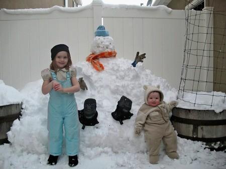 Snow Drift Snowman