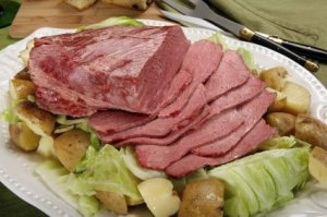Platter of corned beef and cabbage.