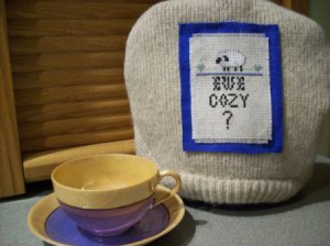 Tea cozy made from a sweater