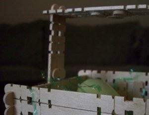 Closeup of the basket handle.