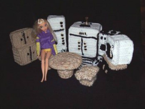 crochet barbie kitchen