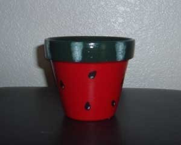 One of the finished flowerpots.