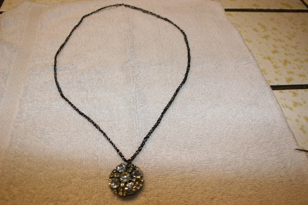 button crochet necklace