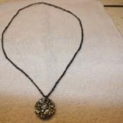 button crochet necklace