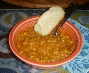 Bean With Bacon Soup With Bread
