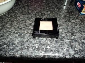 Fix Broken Powdered Makeup