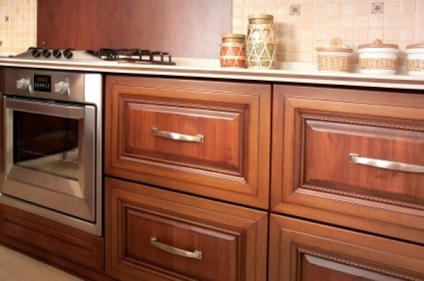 Wood Kitchen Cabinets & Cleaning Wood Cabinets | ThriftyFun kurilladesign.com