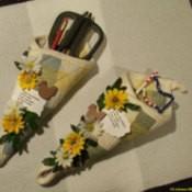 Scissor sacks made from potholders.
