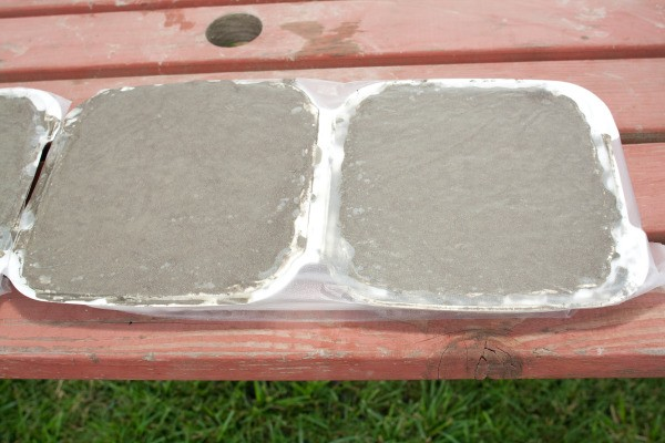 Press and Seal Covering Hypertufa Stones During Curing