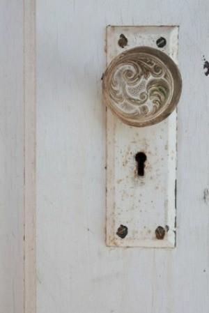 Crafts Using Old Door Knobs