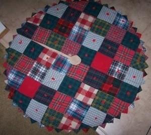 Making A Christmas Tree Skirt
